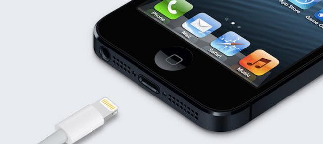 检查Iphone Usb电缆